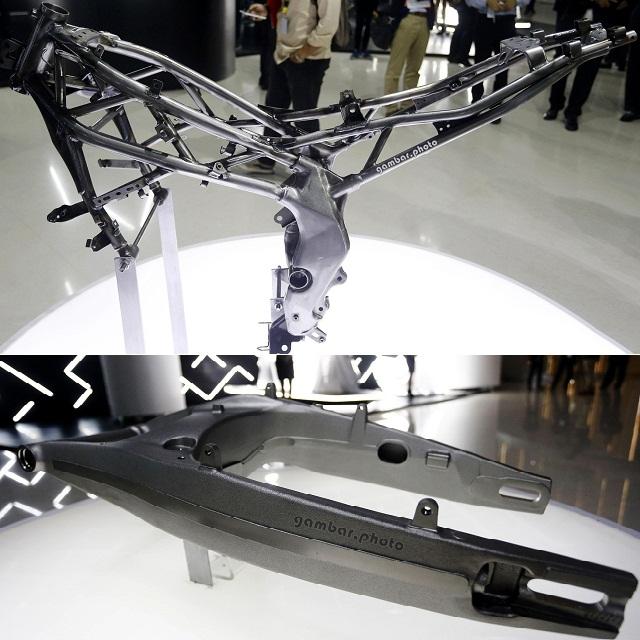 2016 Honda CBR250RR frame swingarm