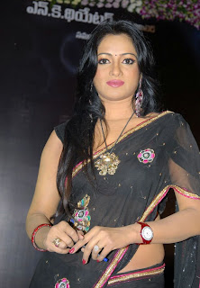 Telugu Actress Udaya Bhanu Pictures Exposing Deep in Black Saree at 3 Audio Launch