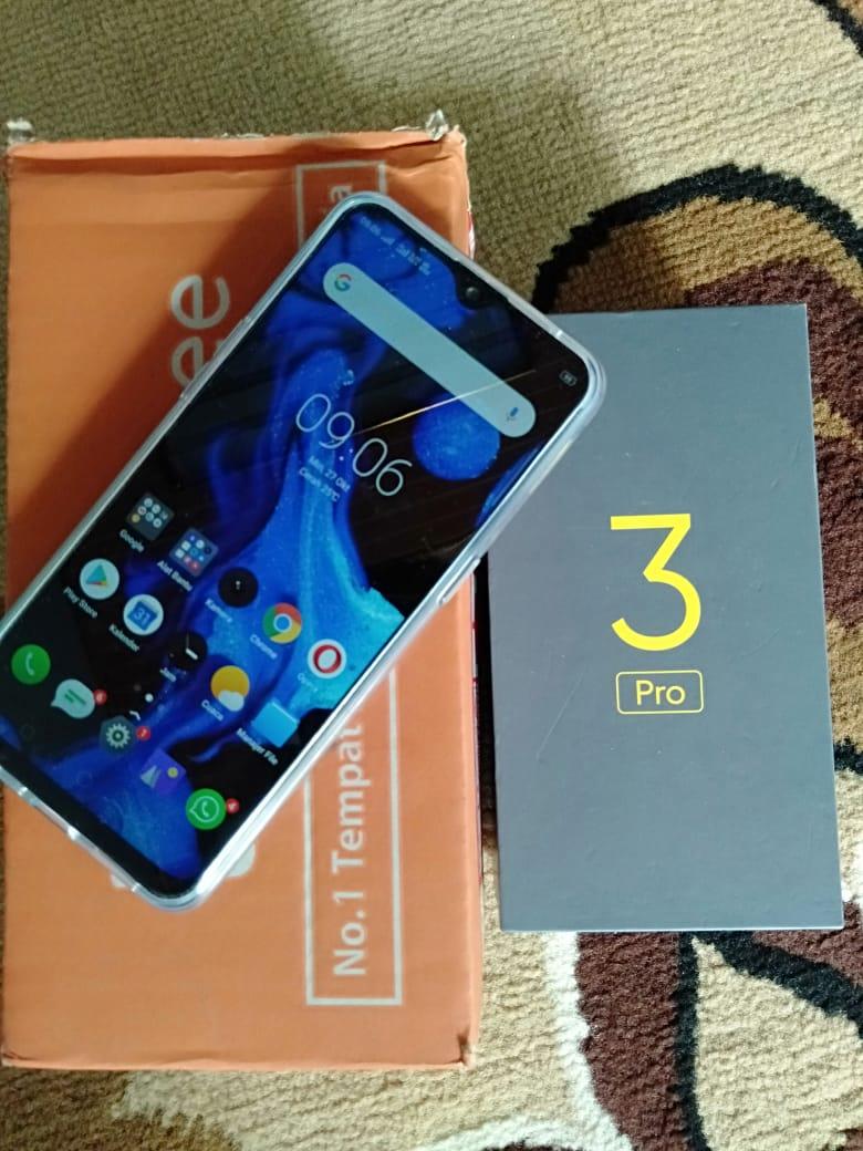 Realme 3 Pro 4/64GB, hadiah Shopee Serba 10 Ribu
