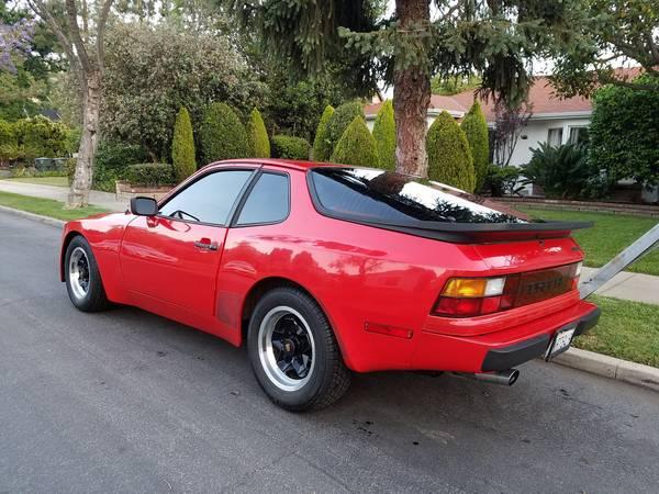 garage kept 1983 porsche 944 buy classic volks. Black Bedroom Furniture Sets. Home Design Ideas