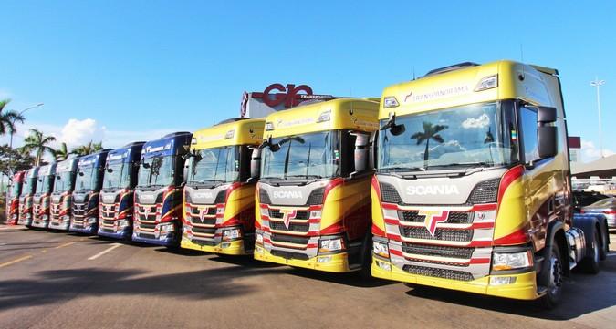 Transpanorama abre vagas para motoristas carreteiros em operação com graneleiros