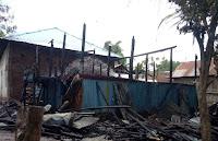 Diduga Tabung Gas LPG Meledak, Picu Kebakaran Sebuah Rumah di Desa Tolouwi