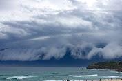 Para Ilmuan Memperkirakan Tsunami Besar Ancam Indonesia