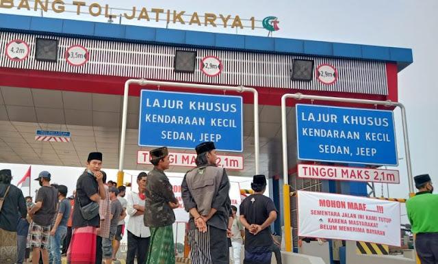 Duit Pembebasan Lahan Belum Dibayar Pengadilan, Warga Blokade Tol Jatikarya