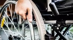 Ένας άνδρας με αναπηρία και μηδενικό εισόδημα δεν παίρνει επίδομα από την Πρόνοια, γιατί έχει ένα σπίτι μόλις 53 τ.μ. Πιο συγκεκριμένα, πρό...