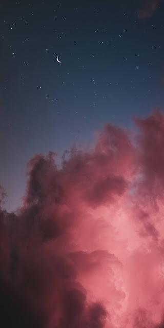 Bầu trời đêm màu hồng siêu lãng mạn