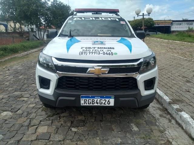 GPM de São Félix do Piauí dispõe de nova viatura; comandante Franciel se mostra satisfeito.