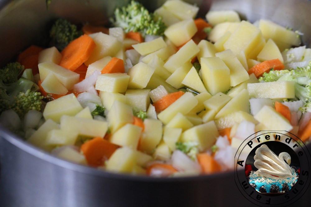 Velouté de brocolis au fromage