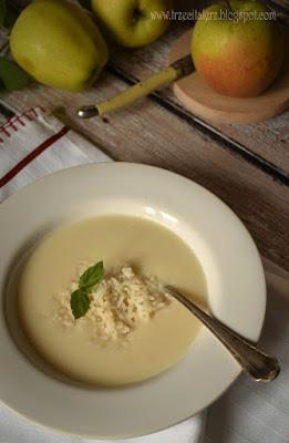 Zupa jabłkowa – kuchnia podkarpacka