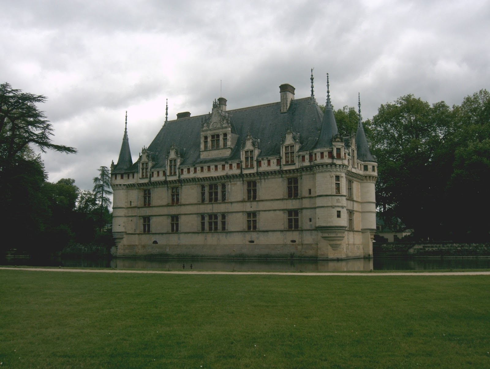 La Cite Des Vents Visite A Azay Le Rideau