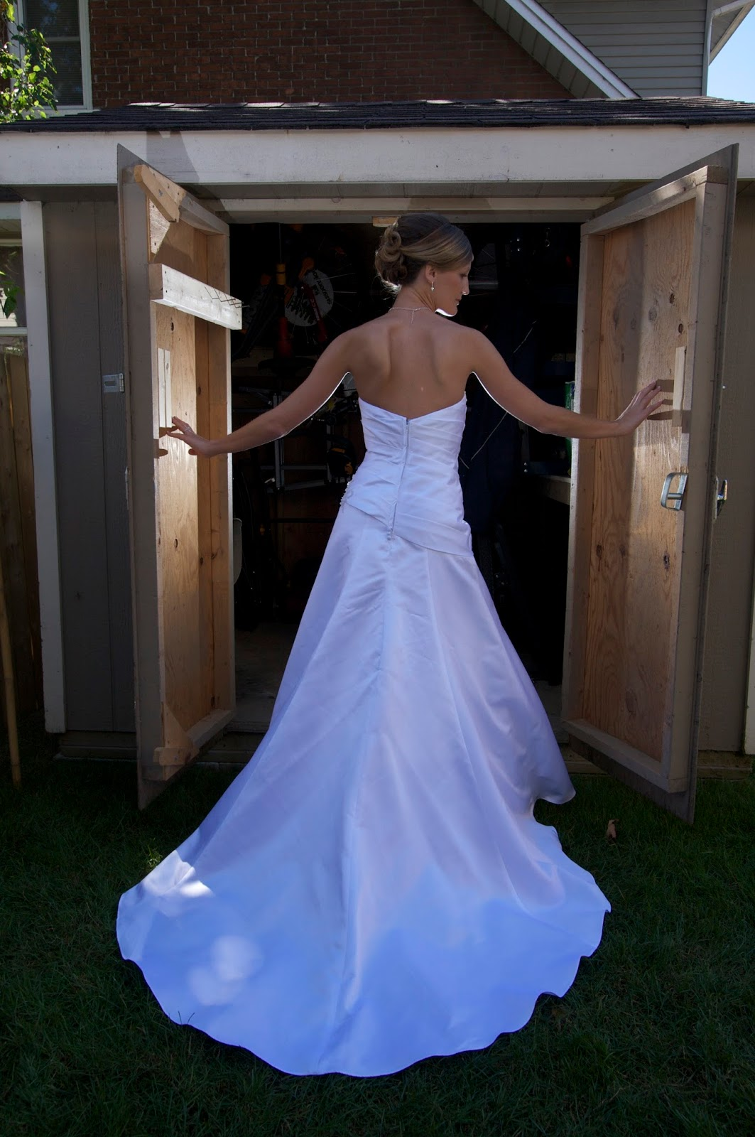 Toronto Wedding Gowns | Bridal Alterations: Professional Wedding and ...