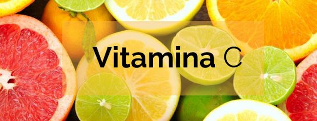 A vitamina C (ou seja, o ácido L-ascórbico, como você pode ver em alguns produtos) é praticamente o antioxidante final para a pele envelhecida, desgastada, sem brilho e cansada.