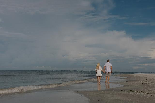 Fort Myers Beach Engagement Photo Shoot