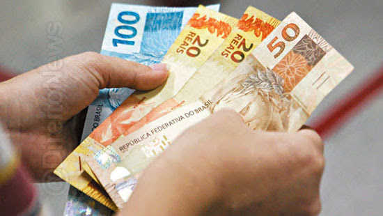 13 salario trabalhador contrato suspenso receber