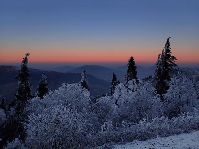 Zimowy zachód na Luboniu