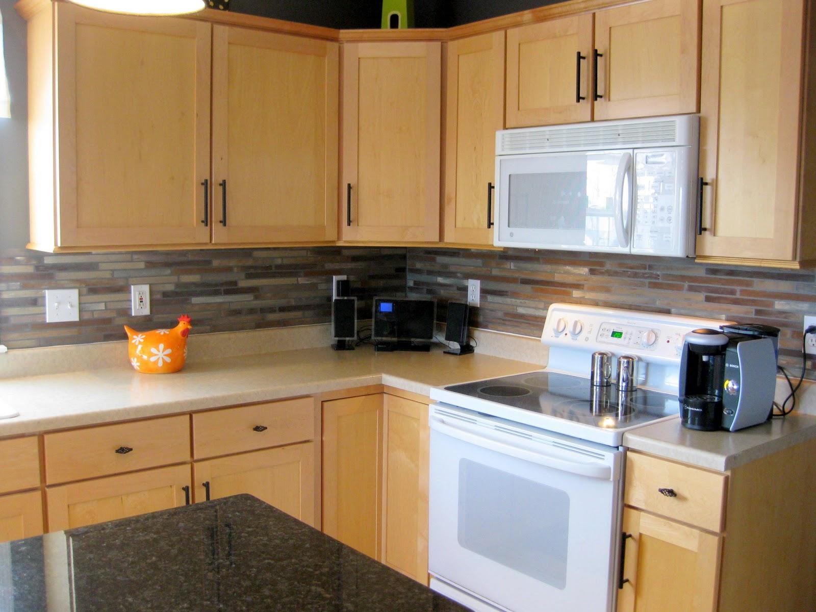 Painting Kitchen Tiles: S/E Backsplash