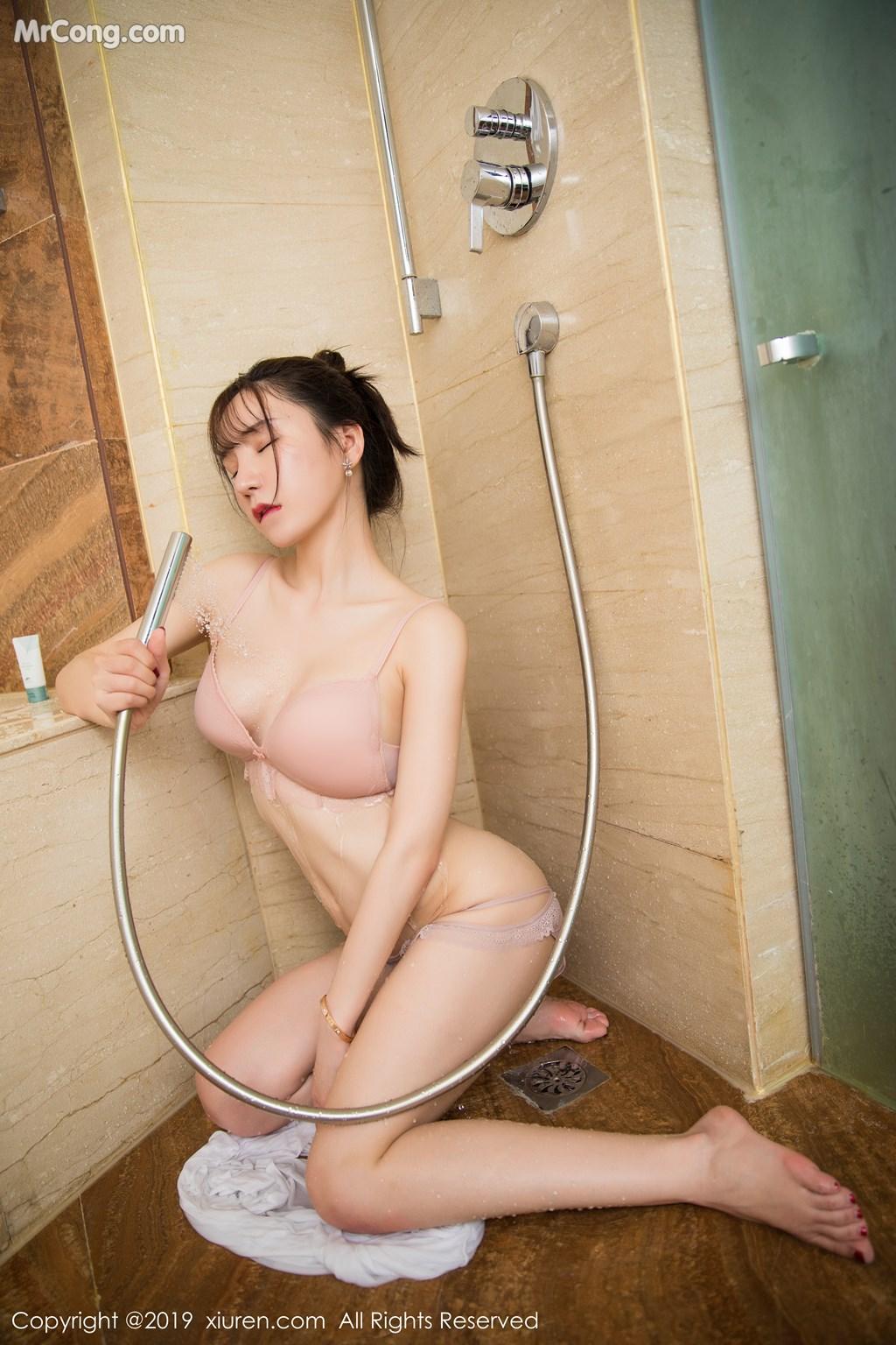 Image XIUREN-No.1656-Zhou-Yuxi-Sandy-MrCong.com-005 in post XIUREN No.1656: Zhou Yuxi (周于希Sandy) (67 ảnh)
