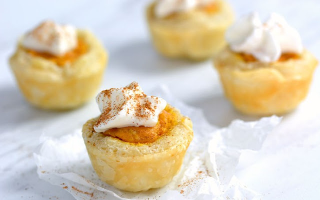Easy Pumpkin Pie Bites #desserts #pumpkin