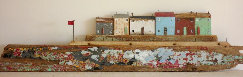 driftwood-Kirsty-Elson-minyatur-boyama-odun-parcasi-geri-donusum
