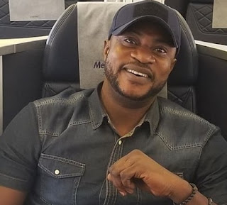 odunlade adekola flies private jet