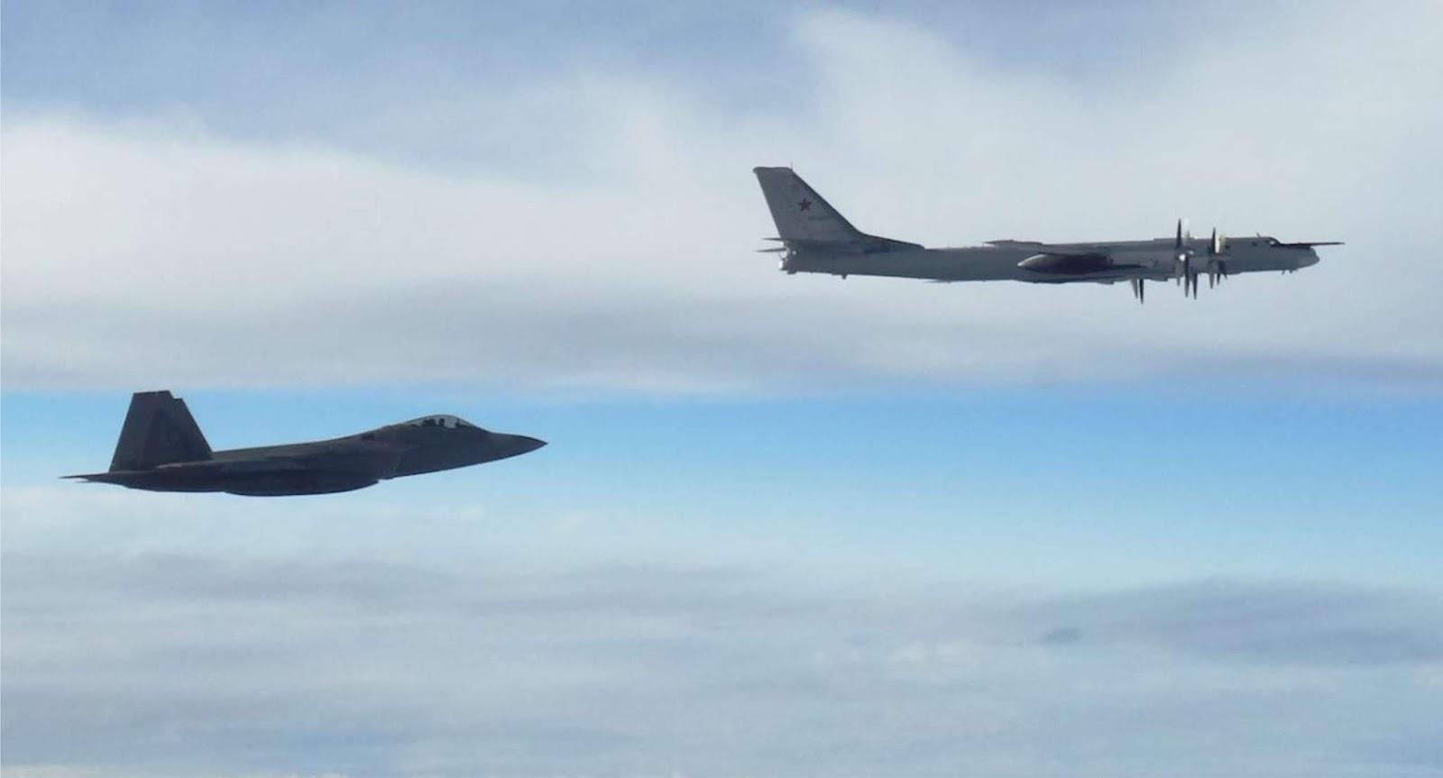 Sekali lagi Jet tempur F-22 AS mencegat pembom Tu-95 Rusia di dekat Alaska
