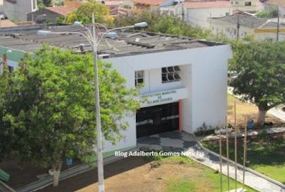 Prefeitura de Delmiro Gouveia poderá gastar mais de R$ 6 milhões com  locações de veículos escolares