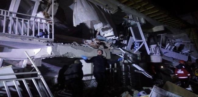 Gempa 6,8 SR Mengguncang Turki, 18 Orang Tewas dan Ratusan Luka-luka