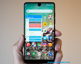 Essential Phone Review 2017