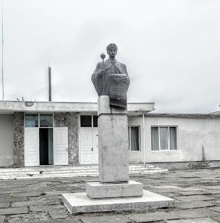 Руда. Пам'ятник гетьману Івану Виговському