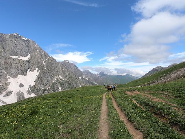 How To Do Kashmir Great Lakes Trek gadsar pass