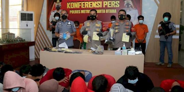 Pesta Narkoba Modus Family Gathering, Puluhan Warga Kampung Bahari Ditangkap Polisi