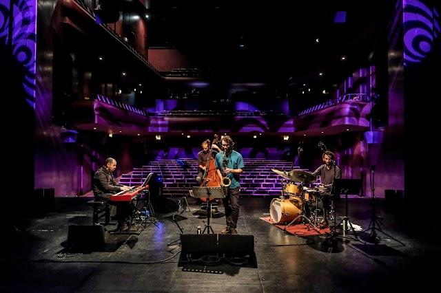 New Dream Quarteto subiram ao palco do Cineteatro Louletano