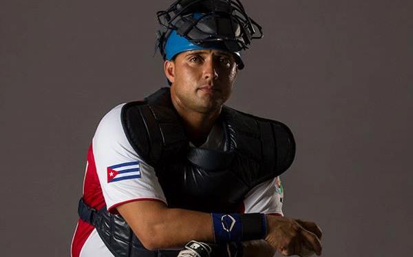 El máscara capitalino Frank Camilo Morejón fue segundo de bateo entre los cubanos con 412 de average y trabajó para el 50% con corredores en base (3 bases robadas e igual cantidad de cogidos robando)