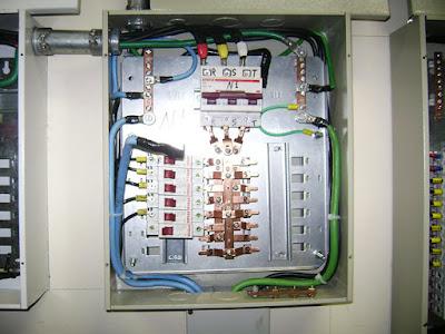 Eletricista e Encanador em Salvador-BA-(71)99111-2954