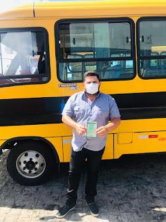 Prefeitura de São João do Tigre adquire mais um ônibus escolar para o município
