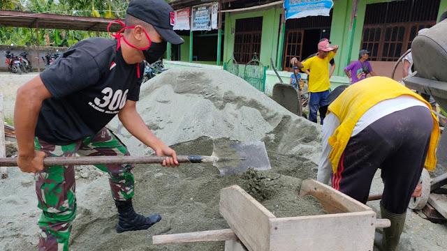 Satgas Raider 300 Membantu Pembangunan Masjid