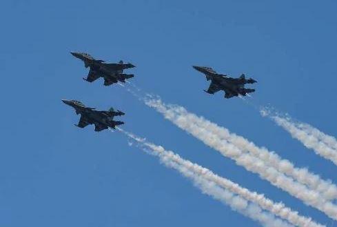 China Tumpuk Jet Tempur di Dekat India, Perang Dikhawatirkan Pecah