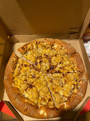 Pizza Hut's KFC Pizza (February 2020)
