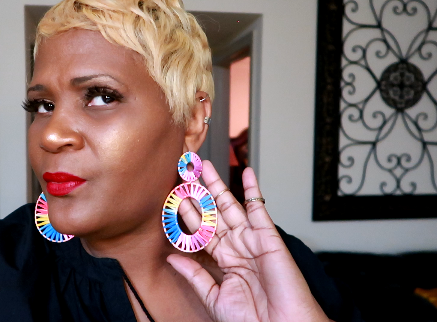 Last but not least, I am a fan of the wicker and rainbow style of earrings. Yes, I also got these offline as well. #amazonfinds : Earring Lookbook