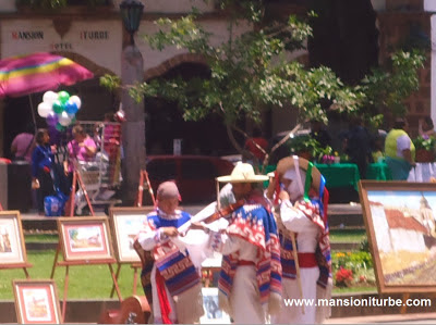 In Patzcuaro there are many activities at the Plaza Vasco de Quiroga