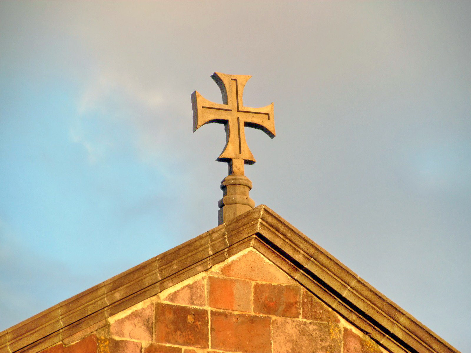 Funchal cathedral cross