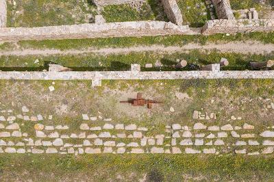 Για πρώτη φορά σύγχρονη τέχνη στην αρχαία Δήλο
