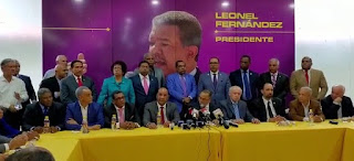 Un equipo que defiende a su líder Leonel Fernandez
