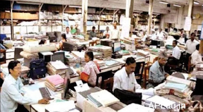 Bad news for central government employees Modi Sarkar in retirement age reduction plan