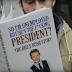 Visszatér a metrón olvasó fickó a kandikamerával!