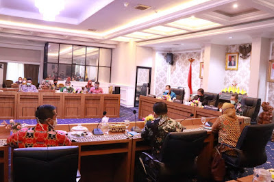 Siap Launching, Gubernur Pimpin Rapat Final Program Kartu Petani Berjaya