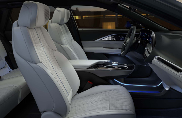 2023 Cadillac Lyriq Preview