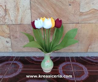 Cara Paling Mudah Membuat Bunga Tulip dari Kain Flanel