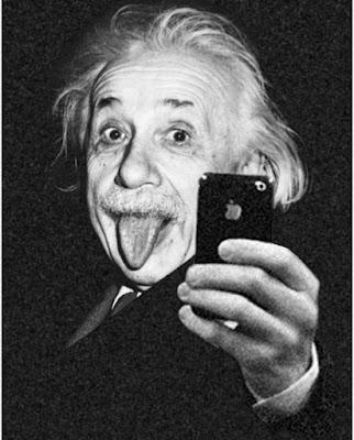 Einstein Instagram