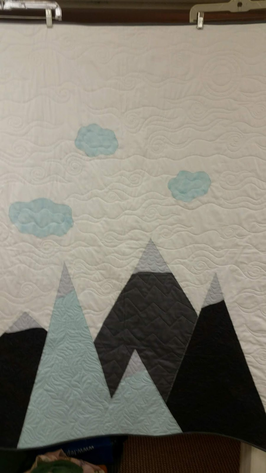ros the quilter quilting is my sanity mountain landscape baby quilt